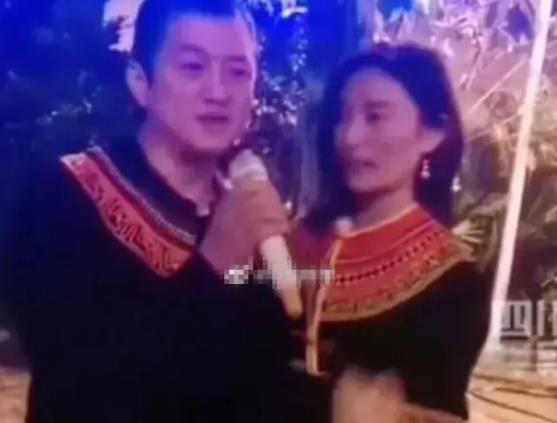 李亚鹏表白彝族姑娘 当众示爱后两人甜蜜拥吻