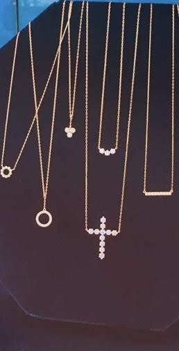 超好看的锁骨项链推荐 黄金款不贬值显肤白